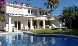Снять дом в испании на берегу моря